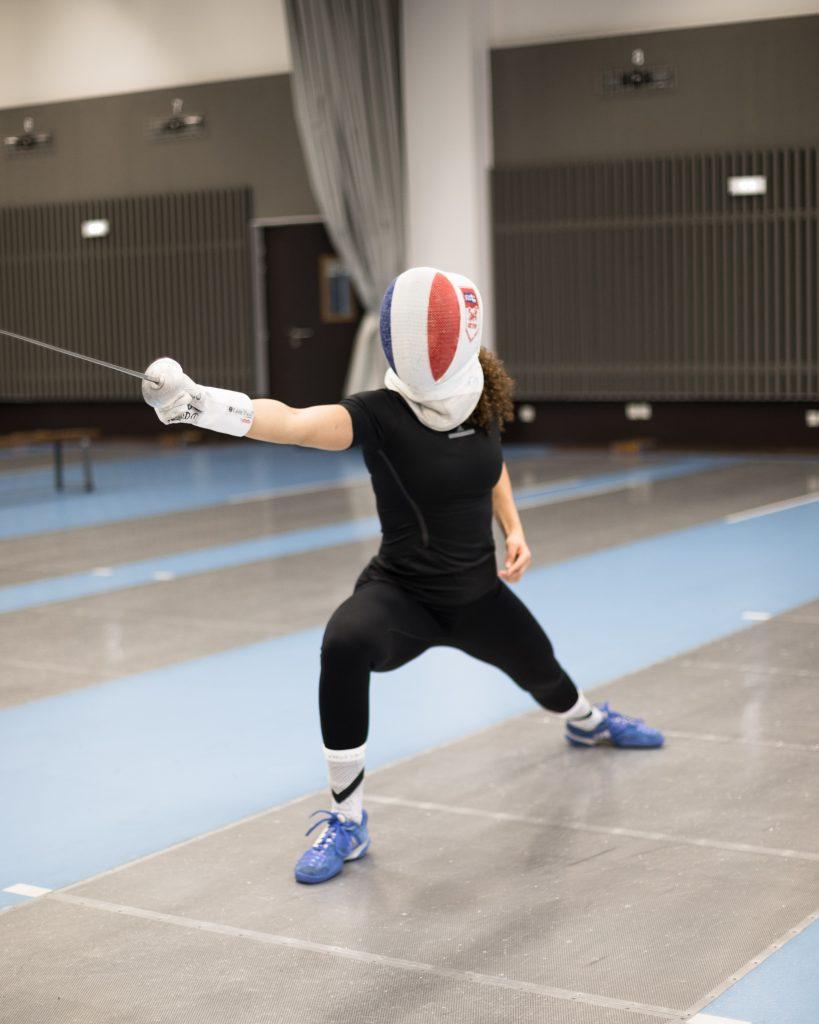 Photo: Aurore Fouchez. Ysaora Thibus fencing.