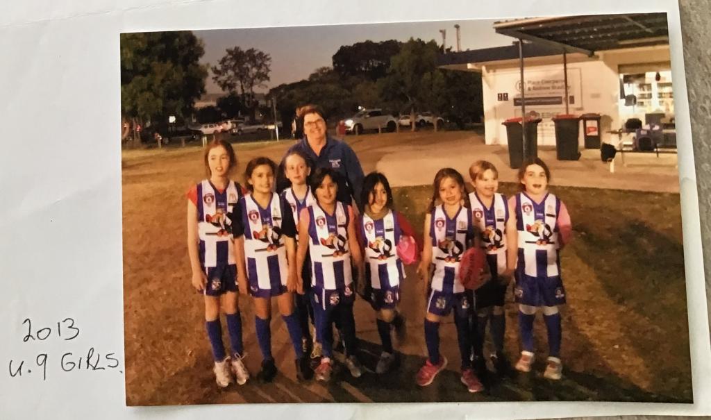 Kate Guy coaching U9 girls in 2013