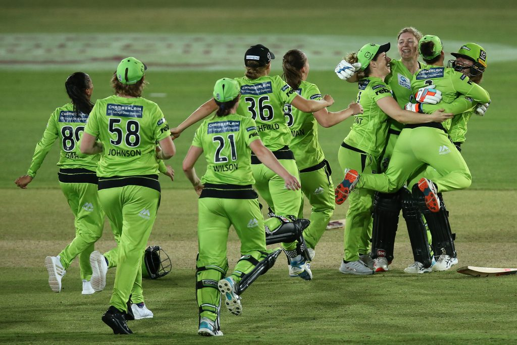 Sydney Thunder celebrating their WBBL06 title win. Sourced: Sydney Thunder